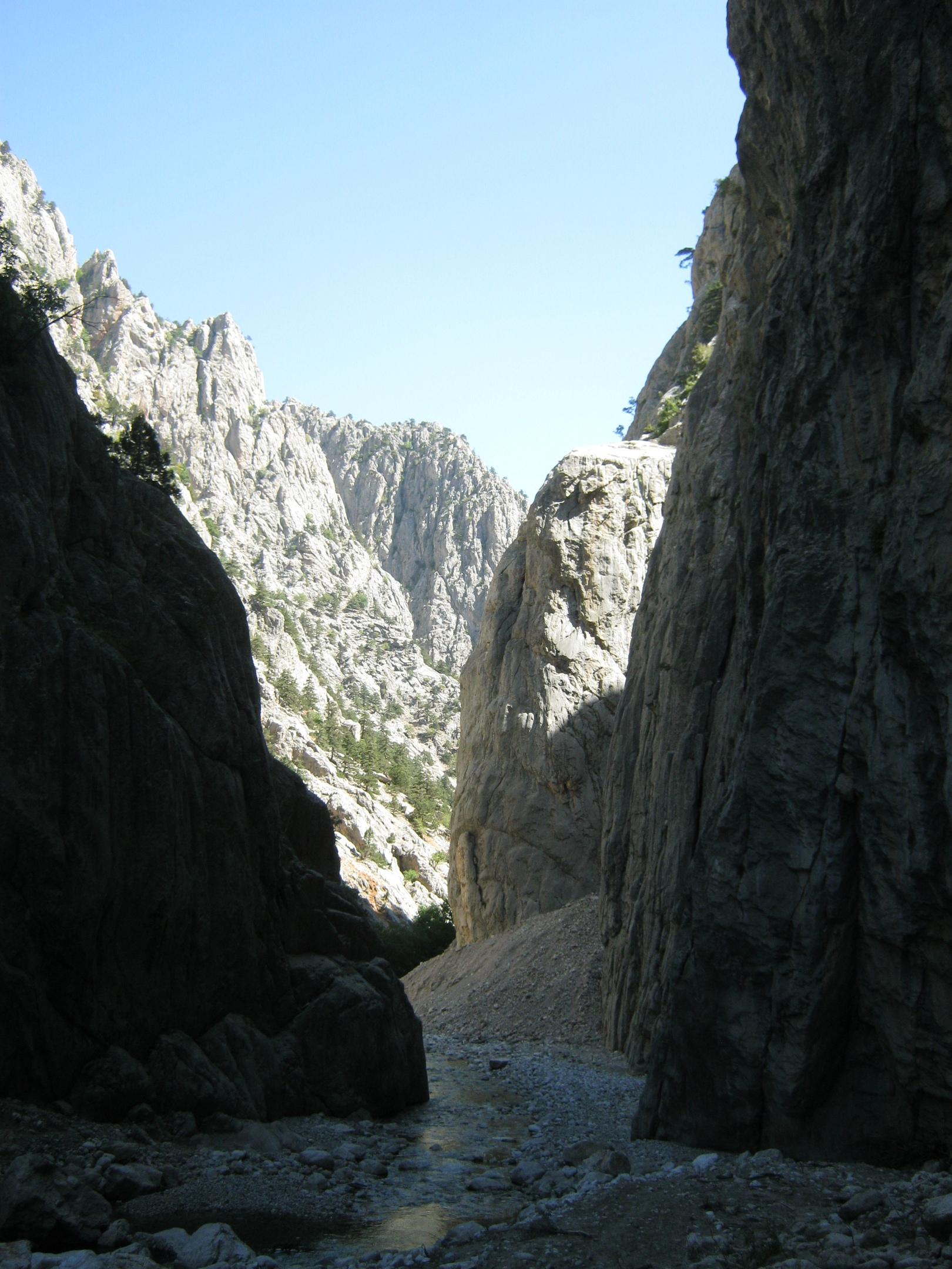 ущелье Аксу в Аладаглар