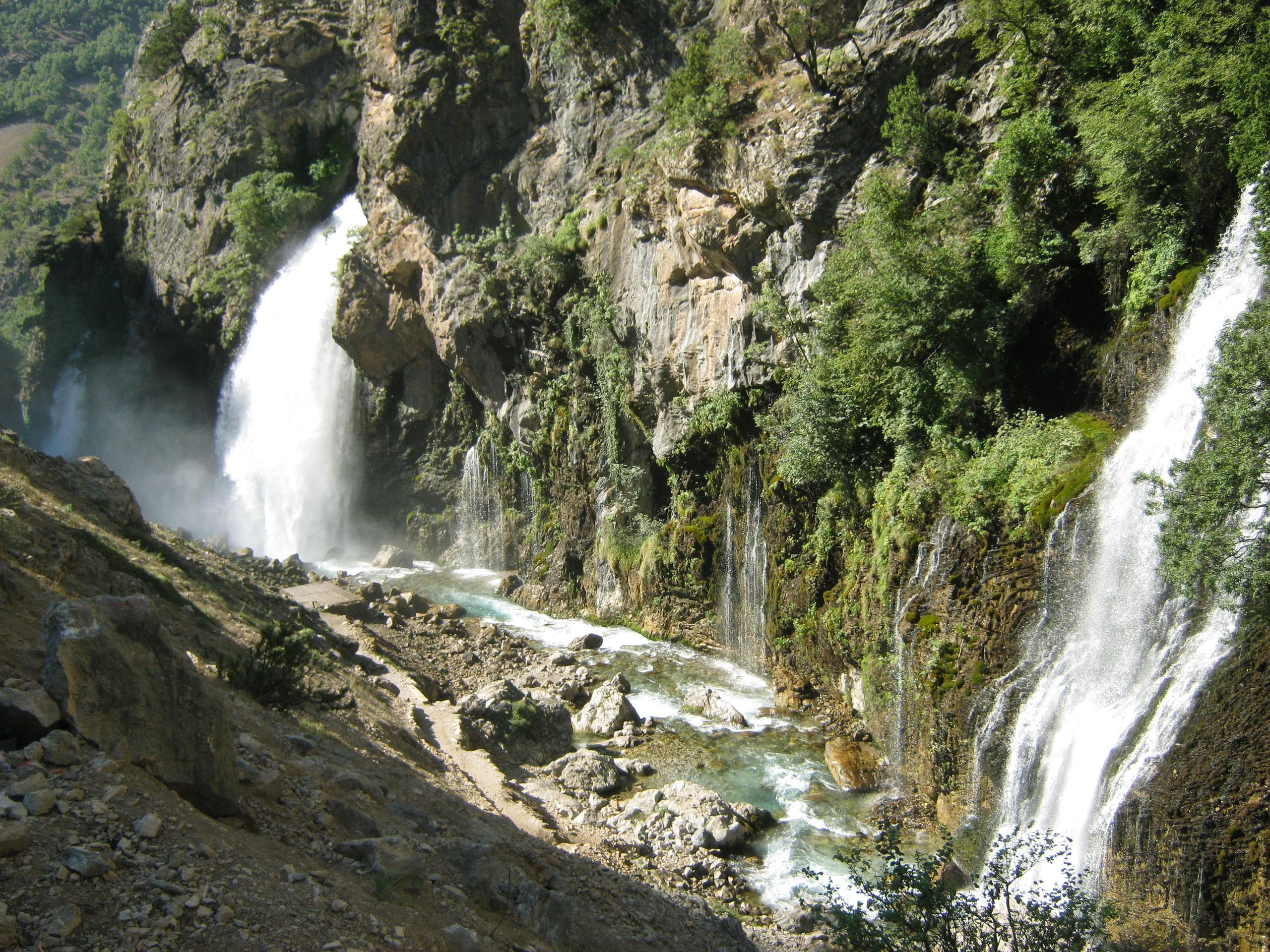 Водопады Капузбаши в Аладаглар