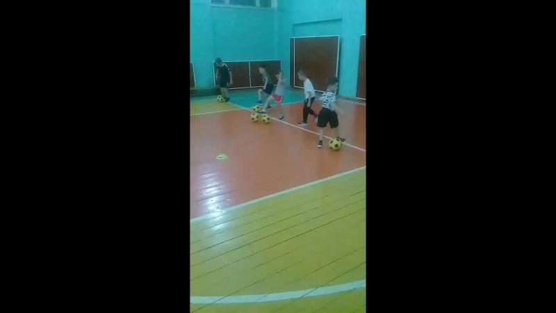 Детский футбольный клуб О... - Live