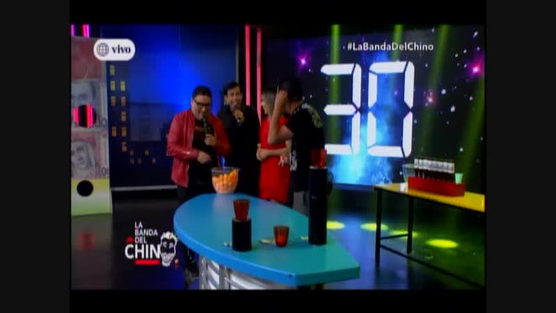 Ernesto Pimentel Alfredo Benavides y Manolo Rojas en secuencia Ganale al Chino