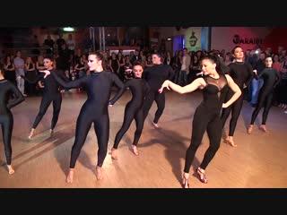Spettacolo di Yuliana Conde Perez con Oro Negro - Caraibe Disco Salsa