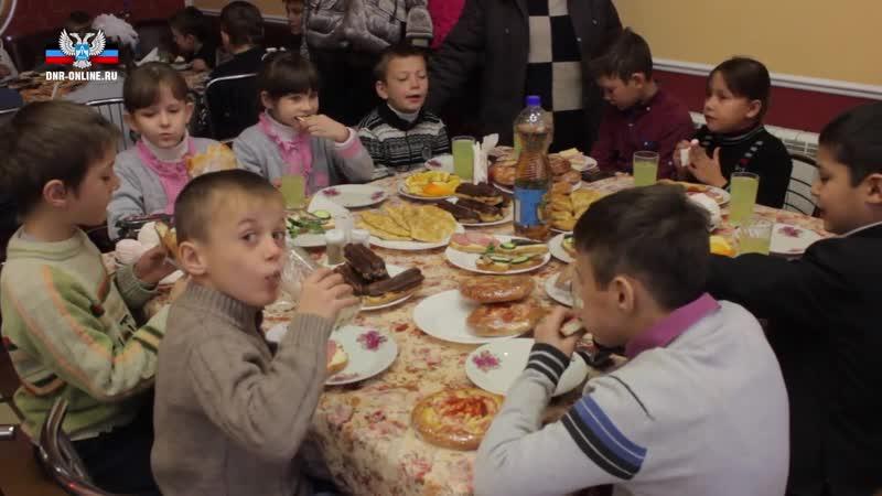 Владимир Бидевка принял участие в празднике ко Дню святого Николая в Старобешевском районе