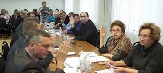 Суд приостановил действие решения Городской Думы по отчёту мэра