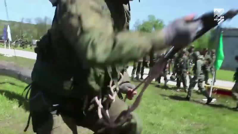 Военные альпинисты штурмуют «Эльбрусское кольцо»