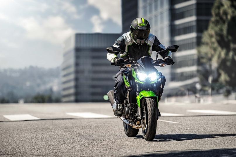 EICMA 2018: нейкед Kawasaki Z400 2019