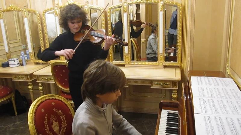 Э.Григ Утро.Grieg Morning. Матвей Блюмин-скрипка, Артём Шило-ф-но. Кремль 22.12.18