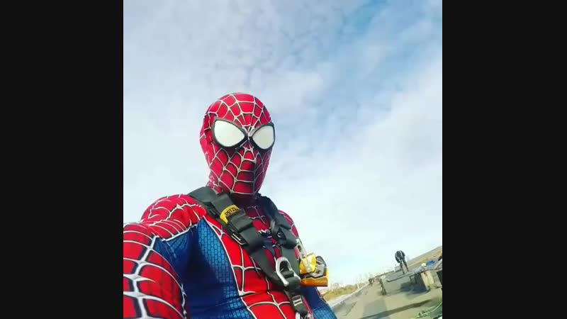 I used to be an ordinary spiderman, but then I was bitten by a petzlman. (C) @al ( 640 X 640 ).mp4