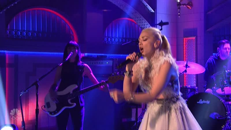 Gwen Stefani Make Me Like You Live on Saturday Night Live 2016