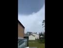 внутри глаза урагана Майкл во Флориде. Ясно видно Солнце и ясное небо, окружную форму и глазную стену (eyewall). Внутри глаз