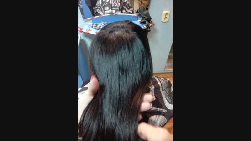 Работы студентов курс колористики.🦋💃Модель до и после окрашивания волос.👌🦋✨Окрашивание волос с эффектом ламинирования.более стойкий и насыщенный цвет; зеркальный блеск в течение первых недель после окрашивания; облегчение расчесывания и укладки волос; заметное увеличение объема шевелюры; волосы становятся более гладкими и послушными; укладка держится намного дольше; ламинирующая пленка удерживает влагу в волосахПри использовании ламинирующих красок очень важно не забывать о том, что ухаживать за волосами надо обязательно. Более того, сохранить эффект ламинирования дольше можно лишь в том случае, если свести к минимуму использование средств для укладки и фиксации. Большинство из них содержат спирт и другие агрессивные вещества, разрушающие защитное покрытие на волосах. Для мытья головы желательно купить безсульфатный шампунь или средство от того же производителя, краску которого вы выбрали. Восстанавливающие маски достаточно делать один раз в неделю. А вот специальные масла для кончиков и термозащитный спрей должны применяться регулярно.мк.обучениепарикмахеровлуганскЛугансккурсыбарберовлуганскпарикмахеробучениеВикторияПанковалечениеокрашивание