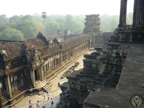 Наследие атлантов в джунглях Камбоджи