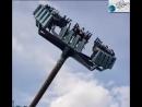 Посетители Британского парка сняли разваливающуюся карусель с людьми