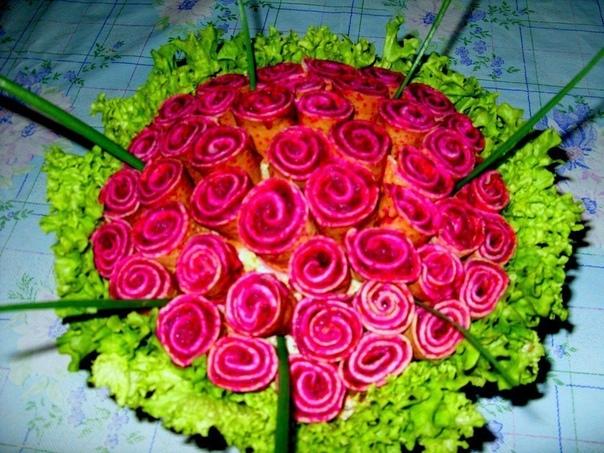 """ТОП-10 салатов """"цветов"""" к вашему праздничному столу!"""