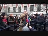 В Санкт-Петербурге во дворе на Моховой улице, 27 состоялось открытие памятника персонажам фильма «Собачье сердце»