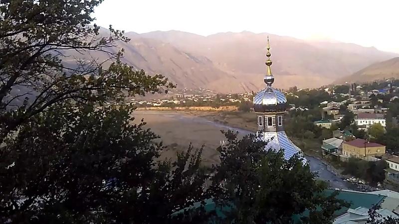 1 Центральная мечеть и панорама села Ахты | подъем к смотровой площадке Ахты, 2018 | Южный Дагестан