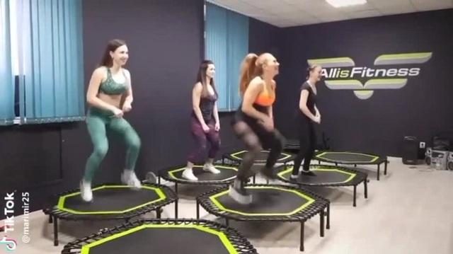 фитнес деффчонки