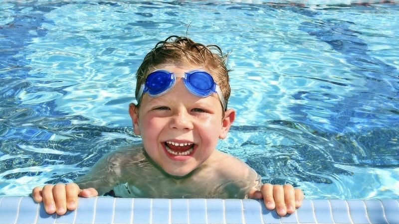 Вредна ли хлорка в бассейне?