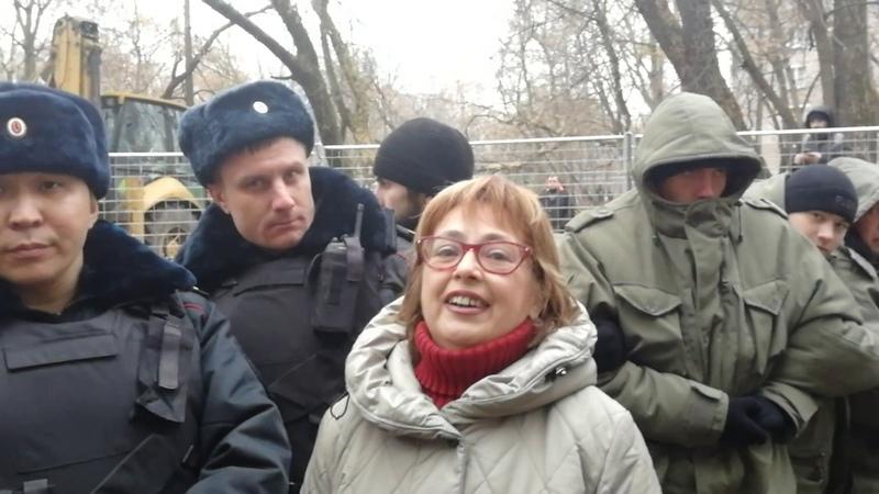 ПИК и его шестёрки, - против москвичей.