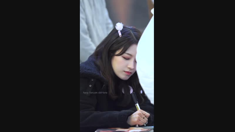 CLC OH SEUNG HEE(오승희) FAN SIGNING Stage fancam 190215 여의도 IFC몰 팬사인회 직캠
