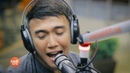 Arnel Pineda sings Pain In My Heart LIVE on Wish 107.5 Bus