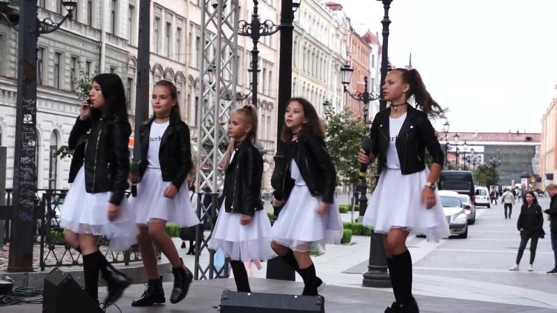 Гала концерт на Невском проспекте! Шоу-группа Piter Kids (Питер кидс)