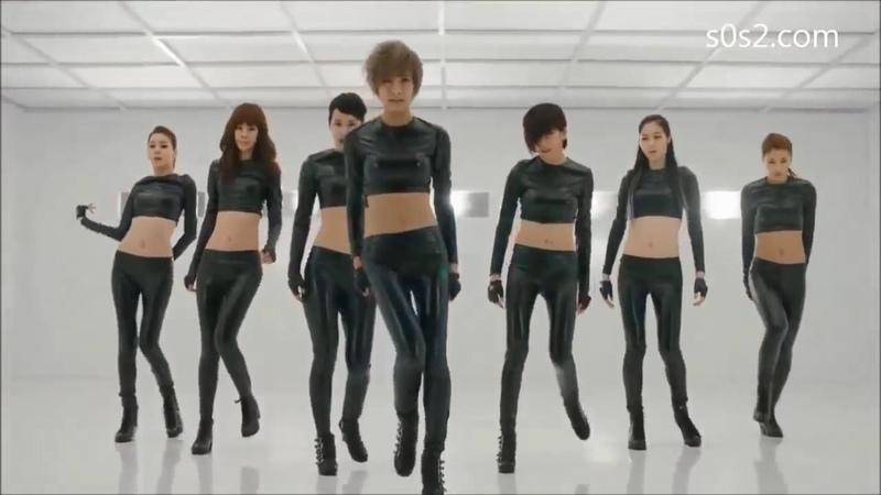 Hot Beautiful Korean Singer Girls Gangkiz MAMA Hot black tight latex leather pants croptop