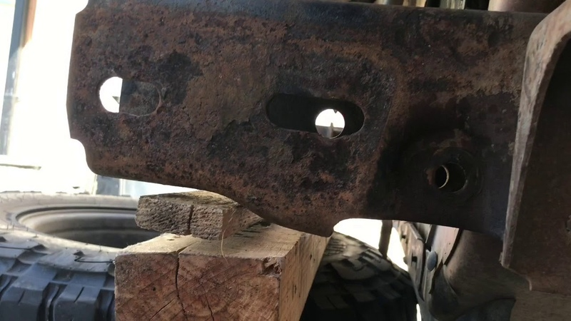 1997 F250 7.3 OBS Ford Solid Axel Swap, Sky Reverse Shackle Kit Install