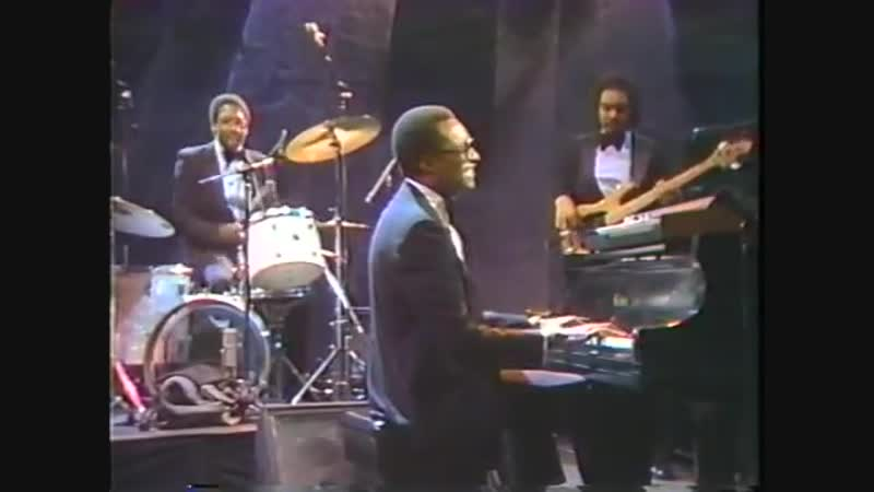 ♫ You Are The Reason _ Ramsey Lewis Quartet