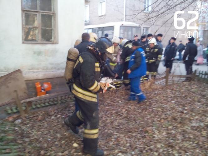 На пожаре в Приокском спасли хозяина квартиры и котёнка.