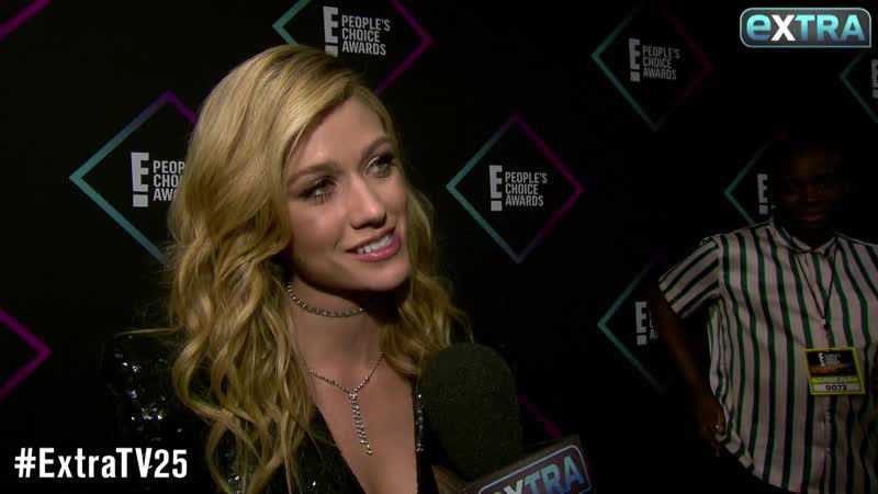 Extra TV Katherine McNamara Says 'Shadowhunters' Success PCAs 'Really Means a Lot'