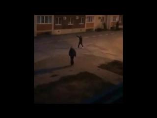 Застрелил мужчину за музыку