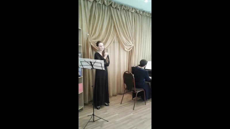Колыбельная сыну исполняет Кристина Фуш, концертмейстер Наталья Доброрадовабиблиотекиювао южнопортовый библиотека121
