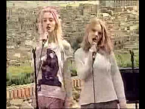 Girl power by shampoo live on top of the pops