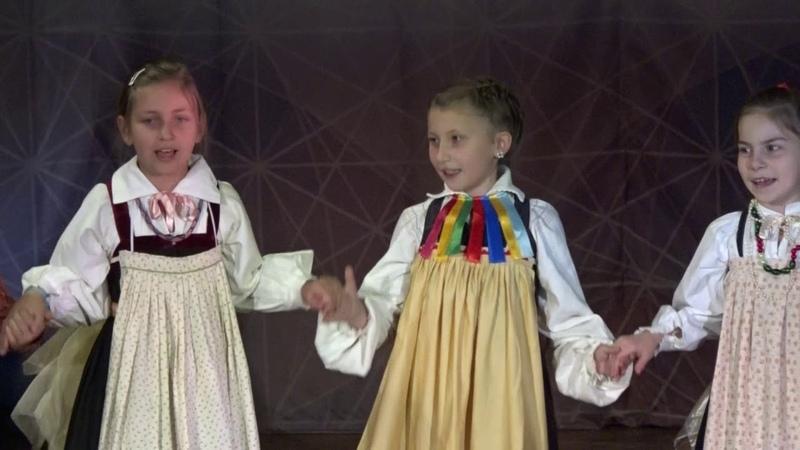 Концерт фольклорного ансамбля Веретёнце - Традиции Старины