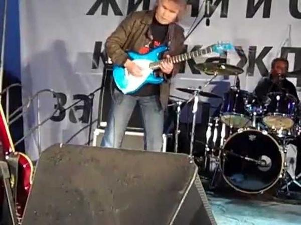 Vladimir Burkhel. Top rated Russian blues/rock guitarist.