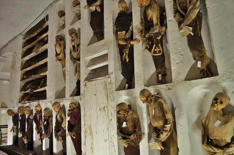 Катакомбы капуцинов в Палермо.