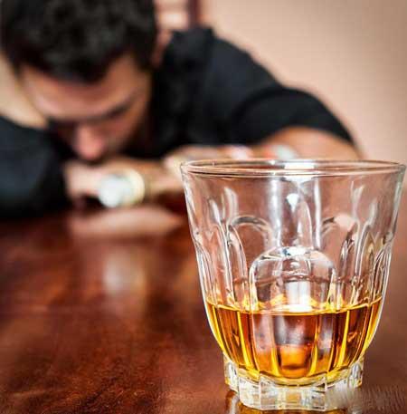 Алкоголизм является основной причиной дилатационной кардиомиопатии.