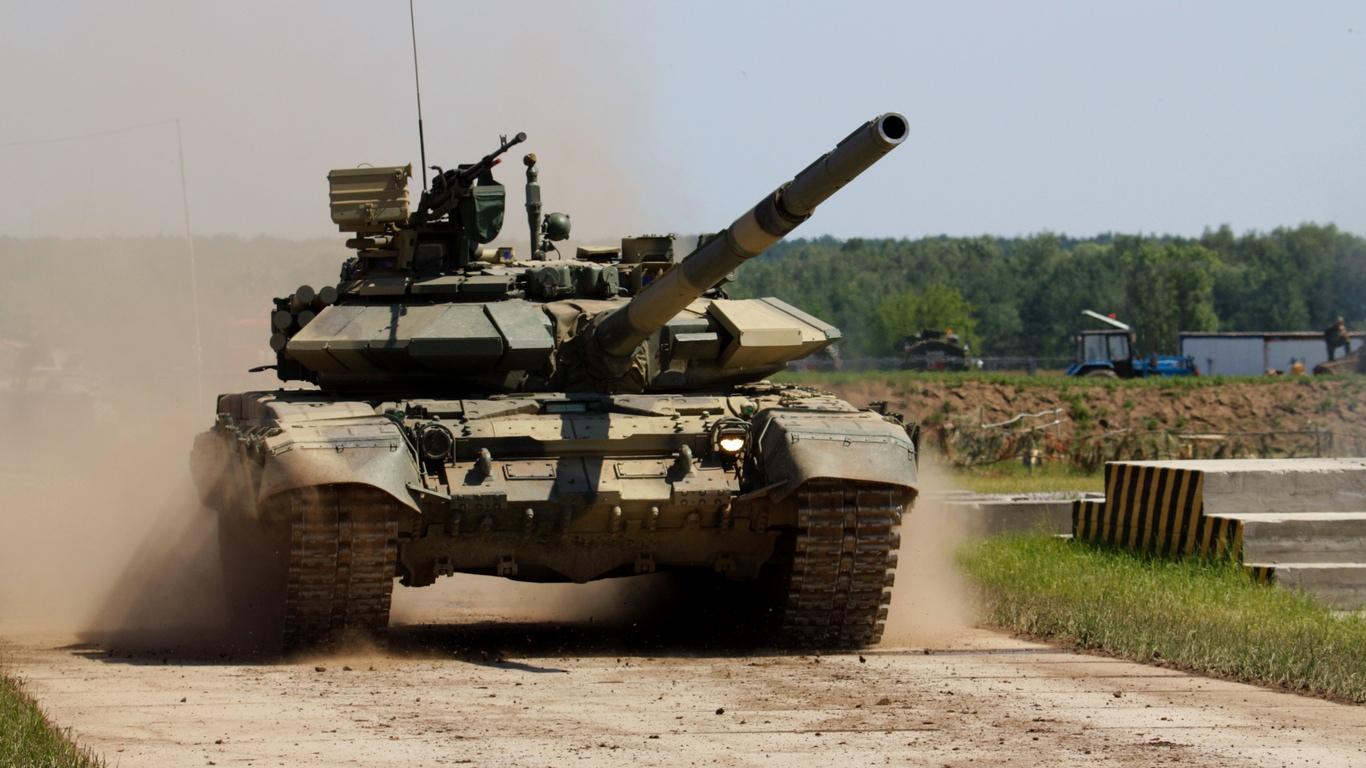 В предверии выборов в ЛНР зафиксировано более ста танков РФ - ОБСЕ
