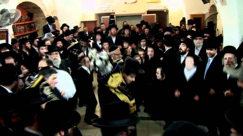 Unbelievable Hasidim Dance