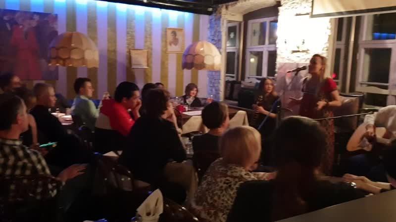 Маша и медведи / акустика / Gogol club @ Москва