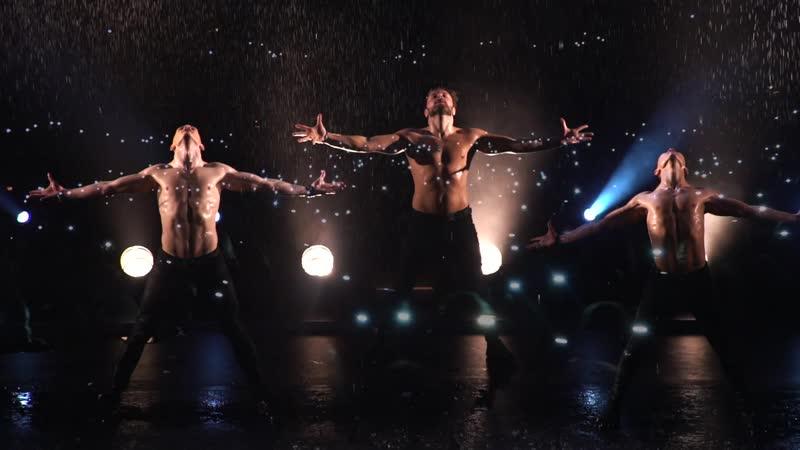ИСКУШЕНИЕ, шоу под дождём