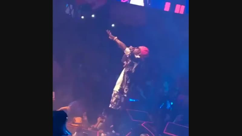 PART 2 Lil Wayne performs Uproar and Let It Fly live at Drais Nightclub in Las Vegas on October 27th! lilwayne uproar l