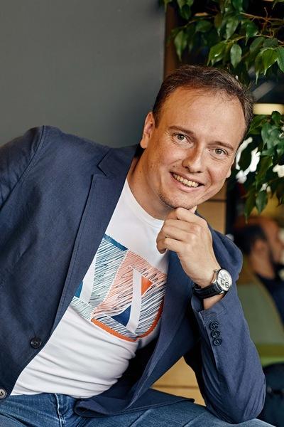 Александр Тоболь