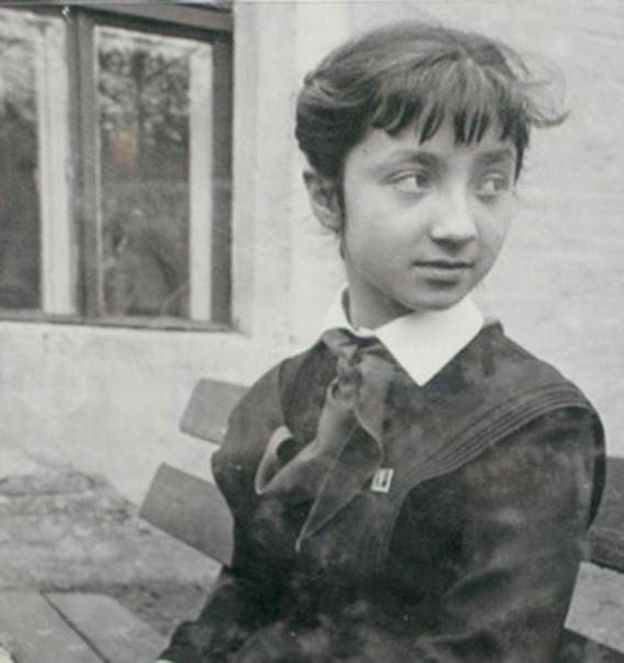 7 русских девочек, которых знала вся страна Согласитесь, все-таки обычно знаменитыми на всю страну или мир становятся люди, перешагнувшие рубеж юности. А уж раньше, когда не было интернета и