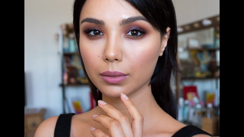 Катя Махлай и яркий макияж на контрастном цветотипе