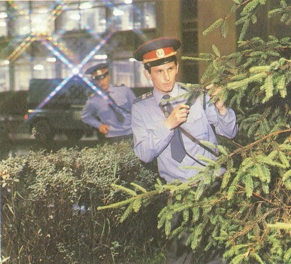 Без дубинок и наручников: как безоружная милиция в СССР работала лучше, чем нынешняя полиция