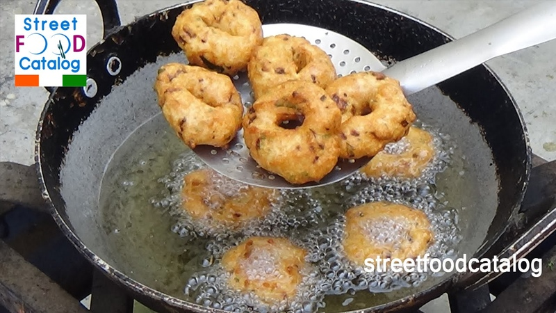 Medu Vada Recipe | South Indian Street Food | Indian Street Food