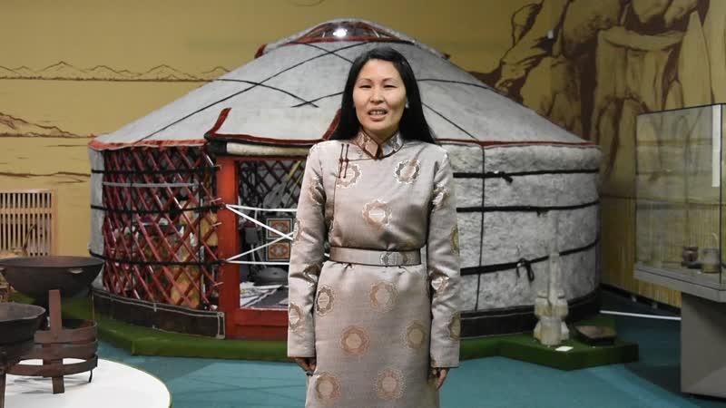 Работница Национального музея Тувы Монгун кыс Салбырын о единстве народов
