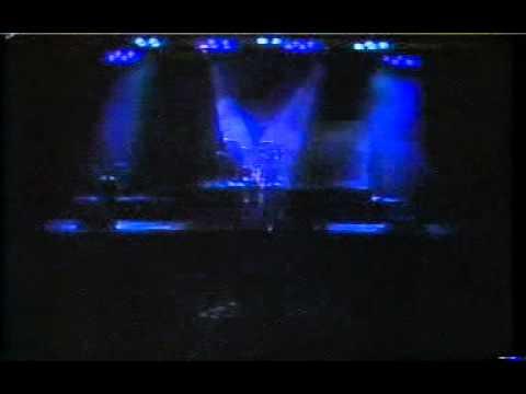 Legião Urbana - 07 - Quase Sem Querer (ao vivo Joquei Club 1990)