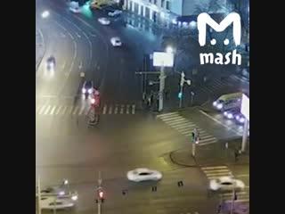В Тюмени девушка сбила толпу пешеходов